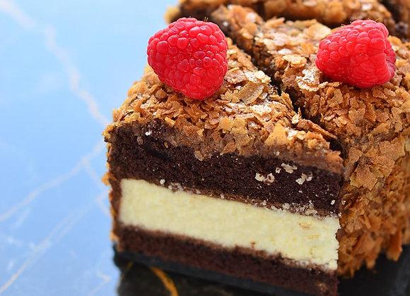 Чизкейк в шоколадном бисквите (порция)