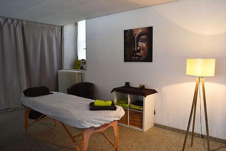 cabinet, Cuarnens, Natur'emi, massages, cours, huiles essentielles, massage prénatal, armothérapie, nutrithérapie, massothérapie, réflexologie