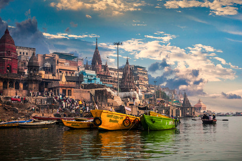 The Varanasi- The Divene City_06.jpg