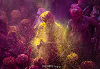 Colors Of Barsana Holi_01.jpg