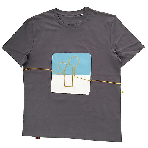 T shirt The yellow line and the blue sky XL