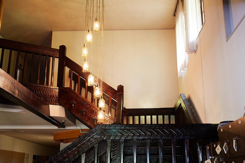 宝泉坊ロッジ階段3.jpg