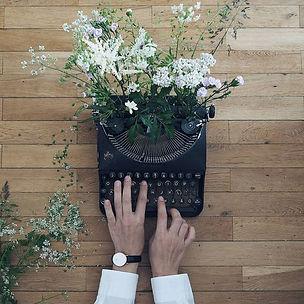 Typwriter and Flowers
