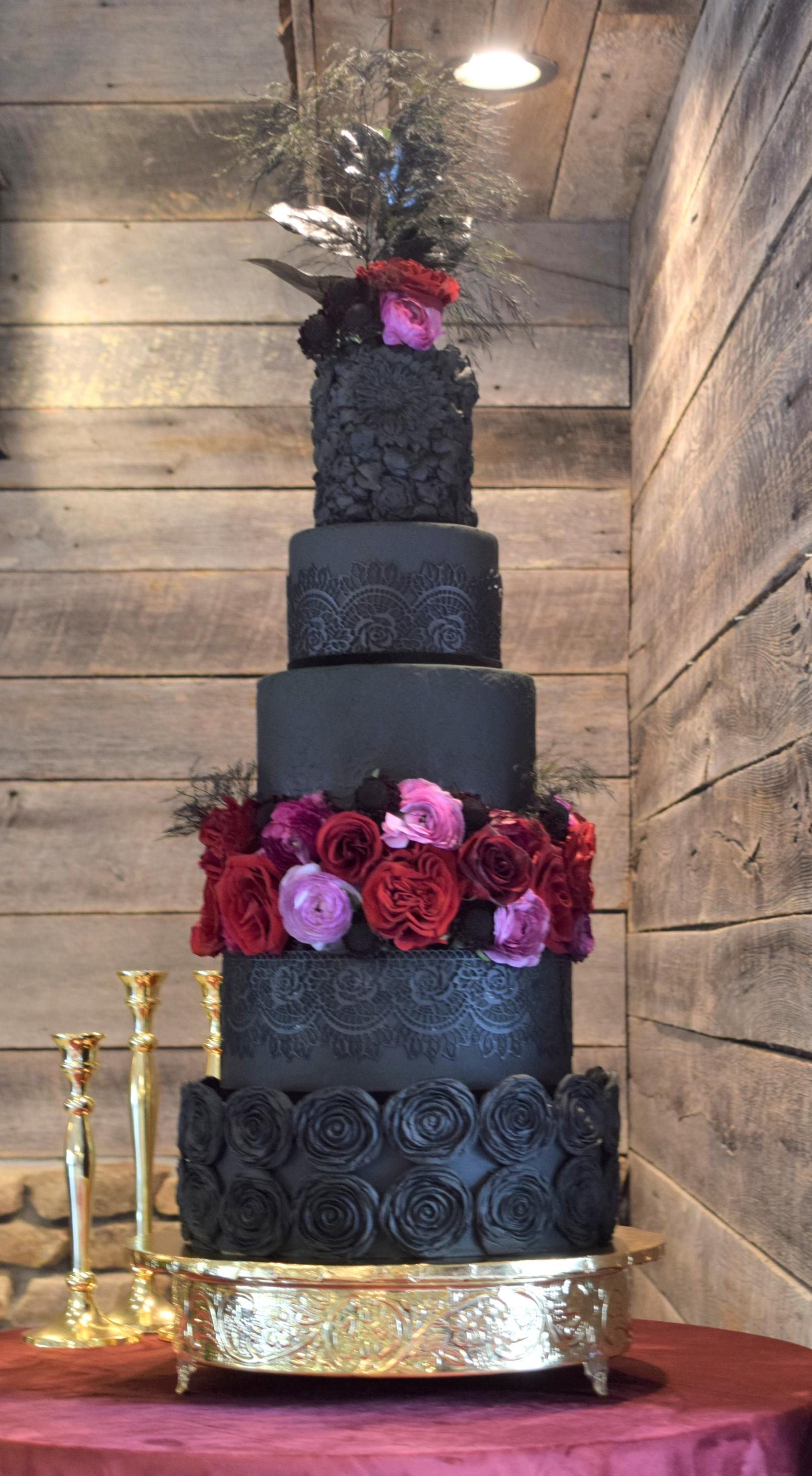 Moody/Romantic Wedding Cake