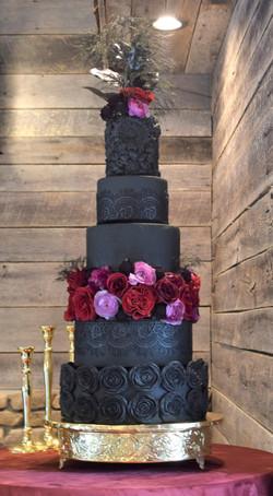 Moody/Romantic Themed Wedding Cake