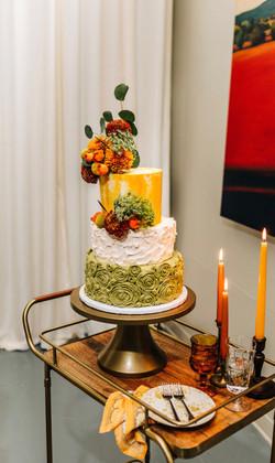 Mid-Century Modern Themed Wedding Cake