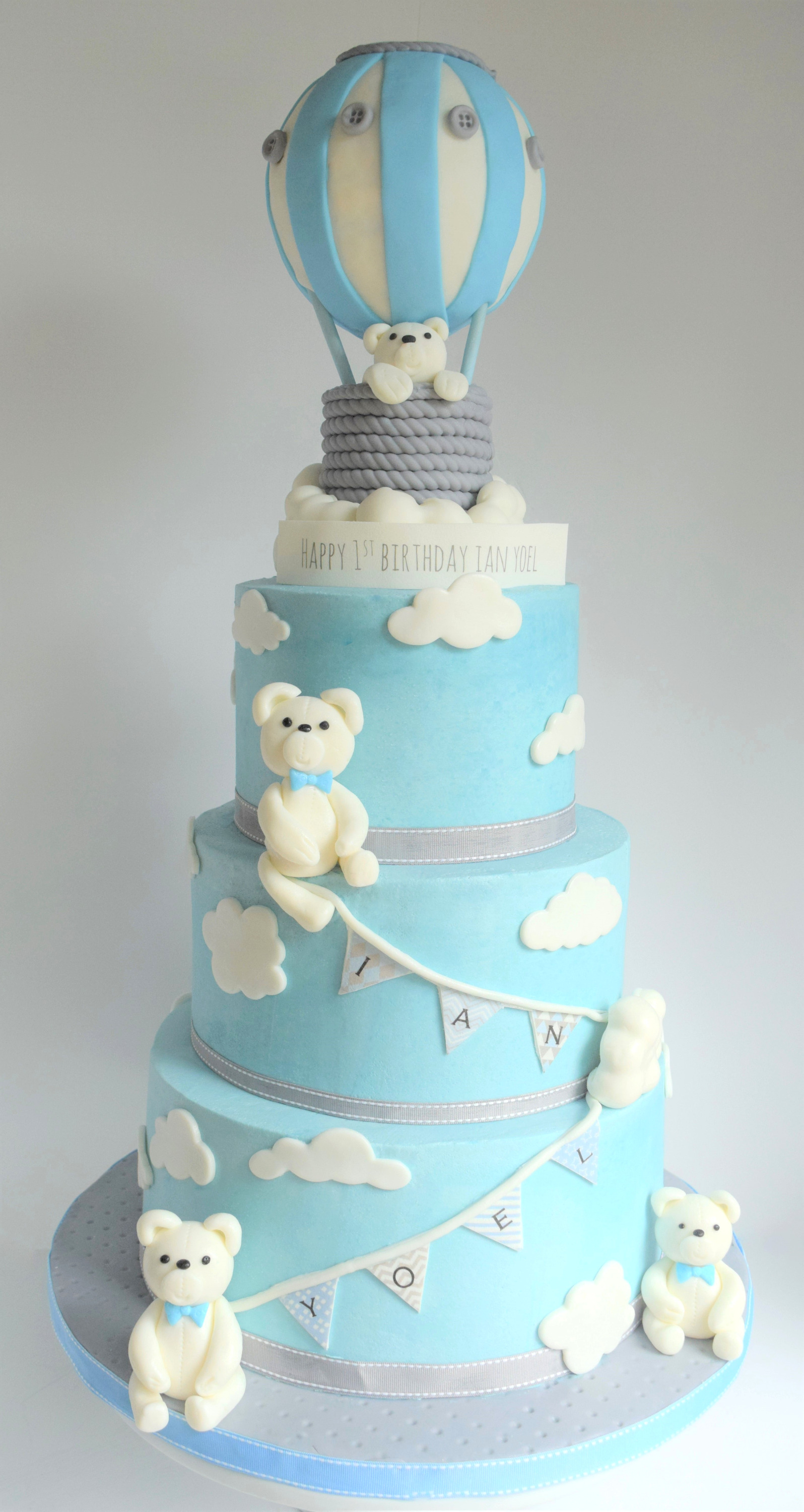 Balloon & Bears 1st Birthday Cake