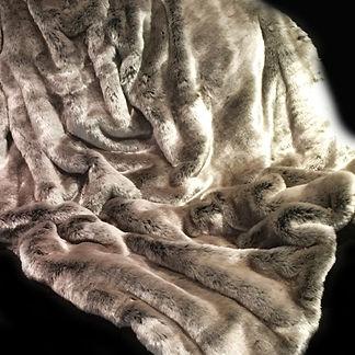 Lush Deluxe Weighted Blanket - Happy Sen