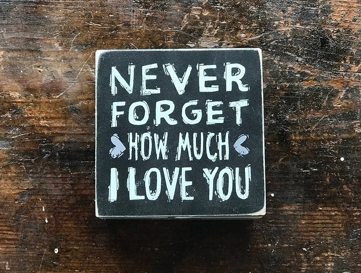 """Personalized Slat """"Never Forget"""" Box"""