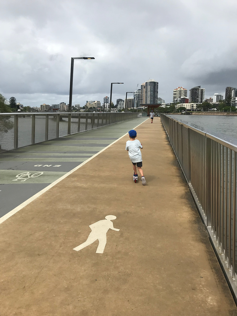 The Brisbane River Walk - Felons Brewing Co