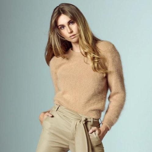 Kingston Knitwear Soft Camel Pull