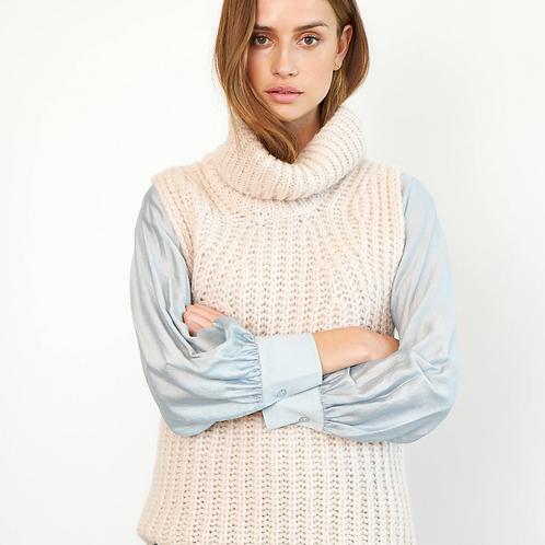 Ivory Knit Vest Crystal Grey
