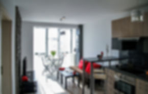 apartment-2094701_1920.jpg