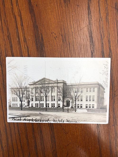 Minneapolis , Minnesota - HIgh school 1909