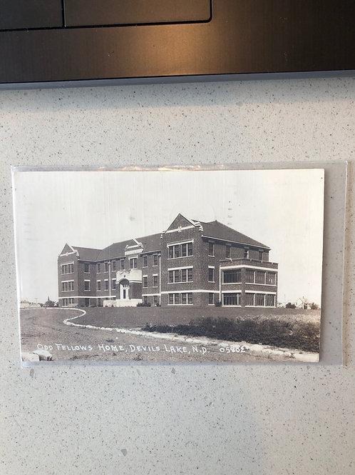 Devil's Lake - North Dakota - odd fellows home 1941