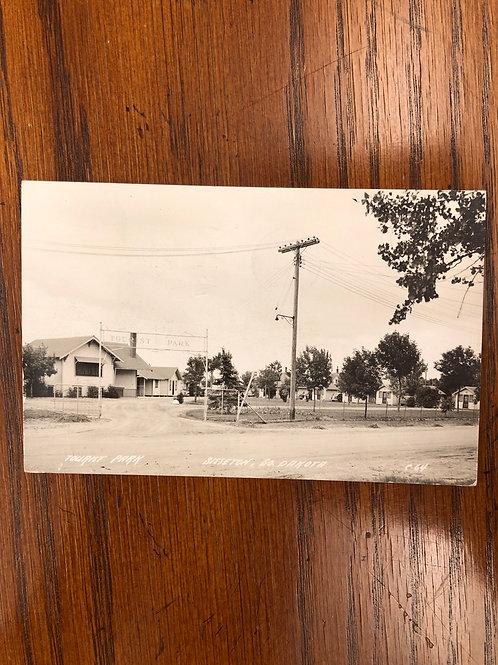 Sisseton, South Dakota - Tourist park 1947