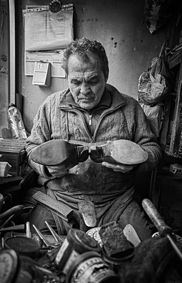 Portrait of a man who repaired shoes in Istanbul