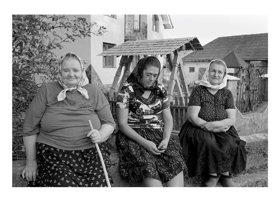 portrait of 3 romanian woman.jpg