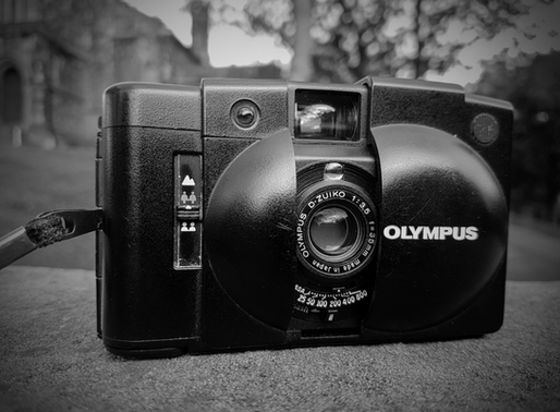 REVIEW. OLYMPUS XA2 COMPACT CAMERA.