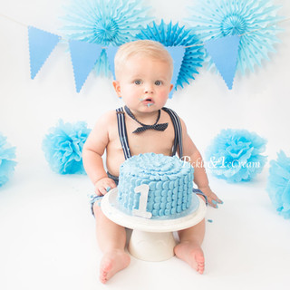 blue-cakesmash-baby-boy-bunting.jpg