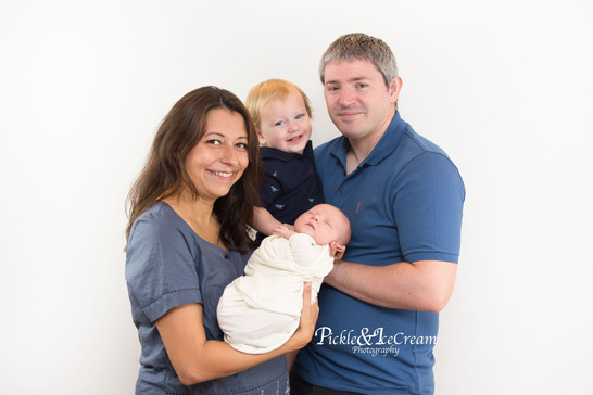 family-photo-session-newborn-toddler.jpg