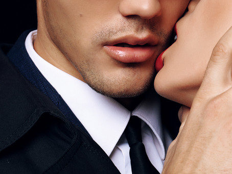 Contemporary Romance Readers: 5 reasons to be PROUD of our genre.