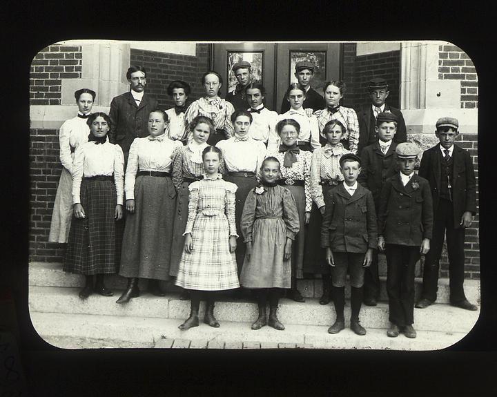 Center School class photo, c.1900.