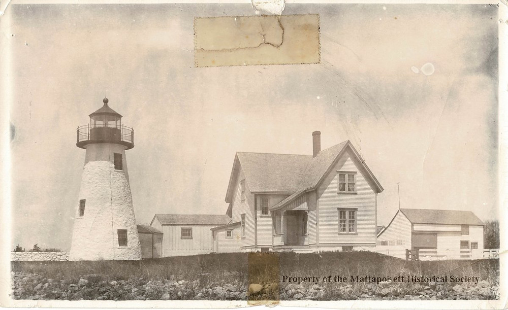 Ned's Point Lighthouse keepers house