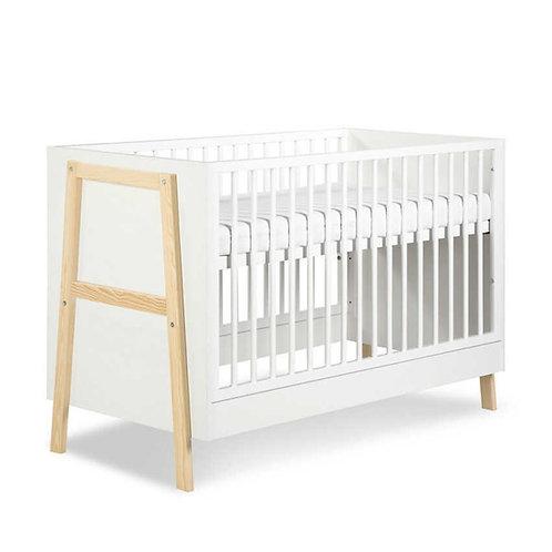 la cuna marcos es una cuna para bebe fabricada en madera de estilo nordico