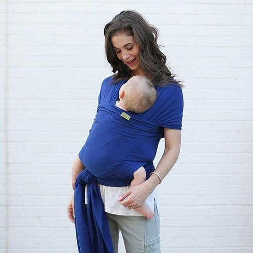 mama y bebe con fular de porteo elastico Boba Wrap Serenity dark blue