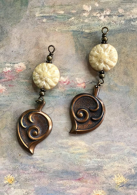 Vintage Art Deco Leaf & Cream Dahlia Dangle Earrings