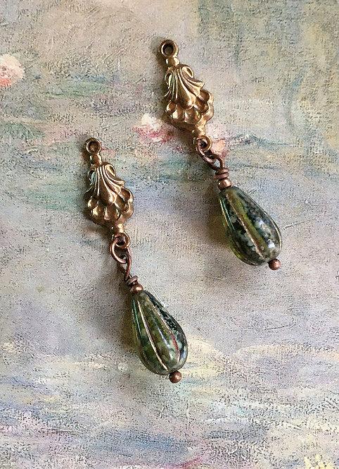 Vintage Art Deco Sea Shell Olive Green Teardrop Dangle Earrings