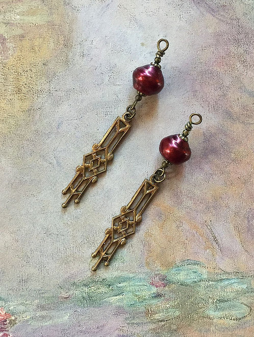 Vintage Art Deco Dangle Earrings, Czech Glass Plum Snail Pearls