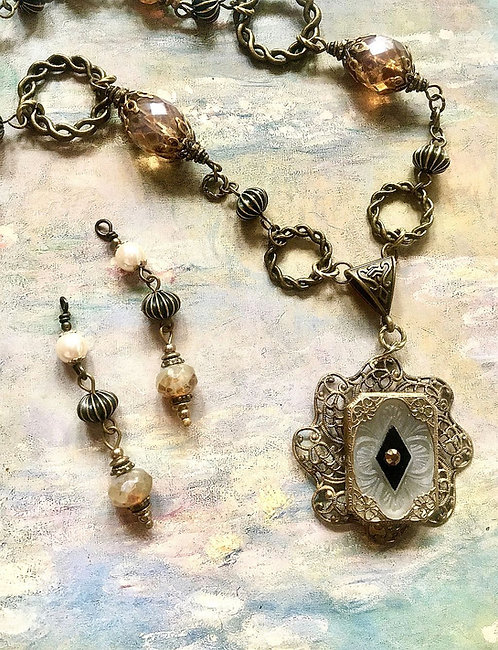 Vintage Art Nouveau Necklace and Earrings Set