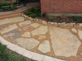 Mix of Oversize Slabs and Regular Flagst