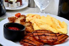 Breakfast at Bay Terrace