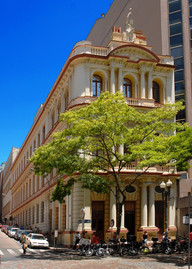 fachada do museu.jpg