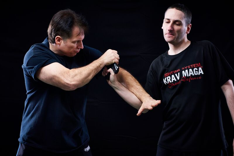 krav maga gun disarm over thumb