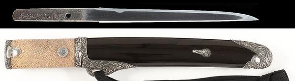 黒蝋色塗虫図陰蒔絵鞘合口短刀拵 短刀 銘 備州長舩清光 天文二年八月日