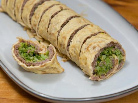Omelette roulée aux brocolis et porc