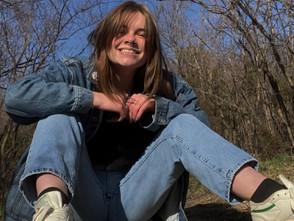 Senior Spotlight: Lydia Mowles