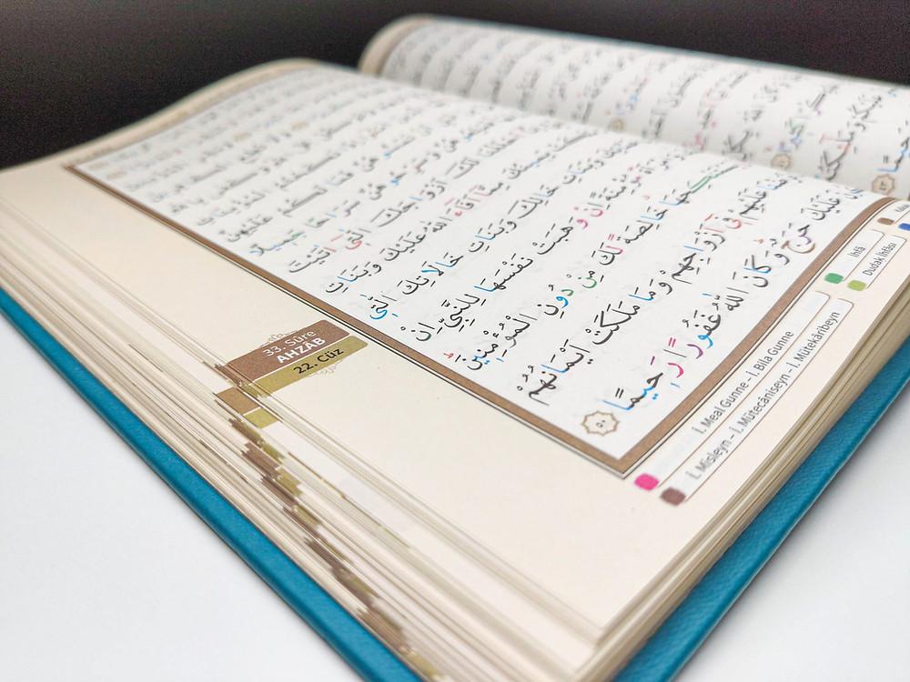 Kur'anı insan mı yazdı