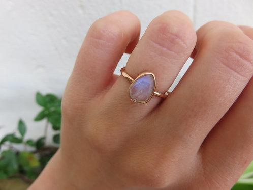 Natural Rainbow Moonstone 9ct Rose Gold Ring