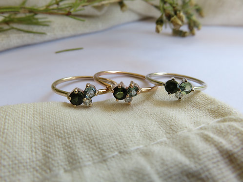 Petite Moss Cluster Ring