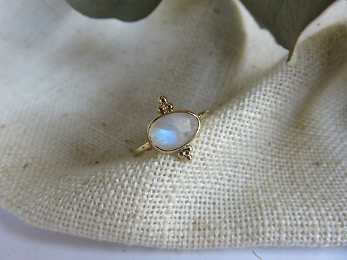 Natural Rainbow Moonstone set in 9ct gold ring