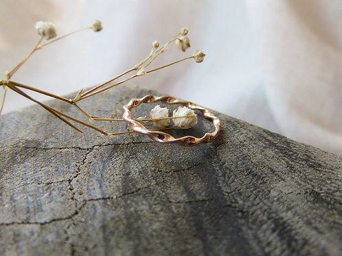 Delicate Swirl Gold or Silver Ring