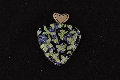 P194 I Heart Butterflies Pendant