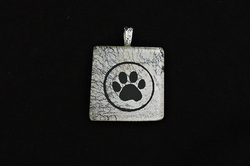 P324 Single Large Paw Pendant