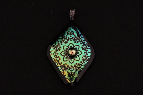 P378 Green Etched Diamond Pendant