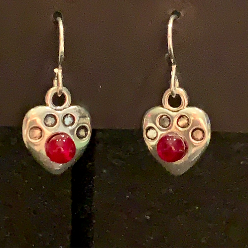 A004 Tiny Paw Red Earrings